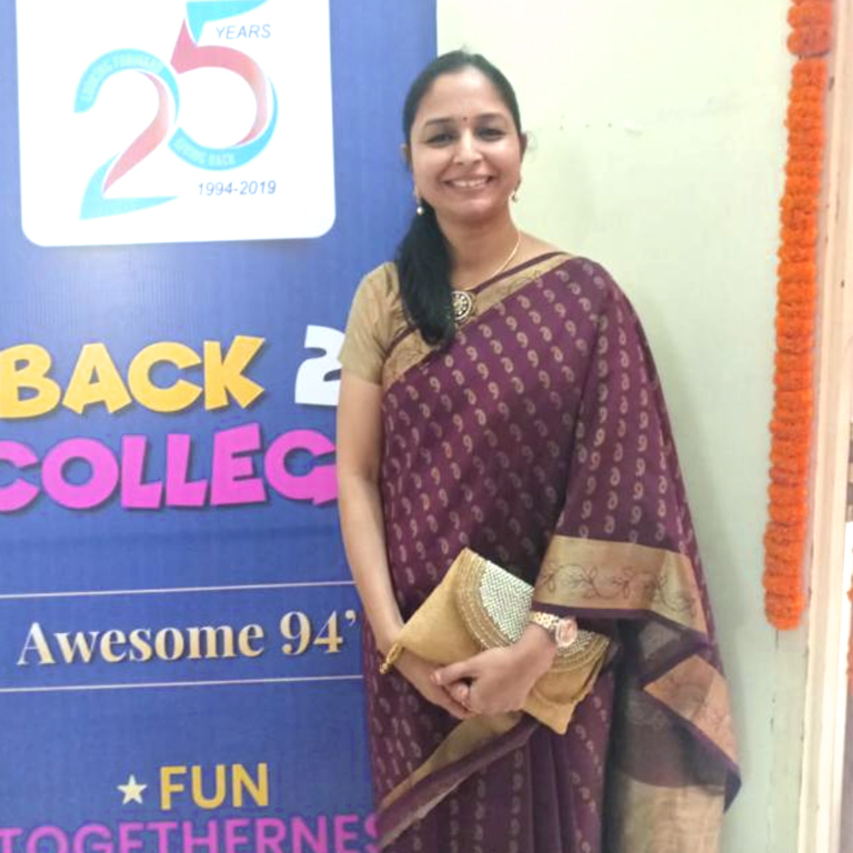 Dr Shweta Agrawal